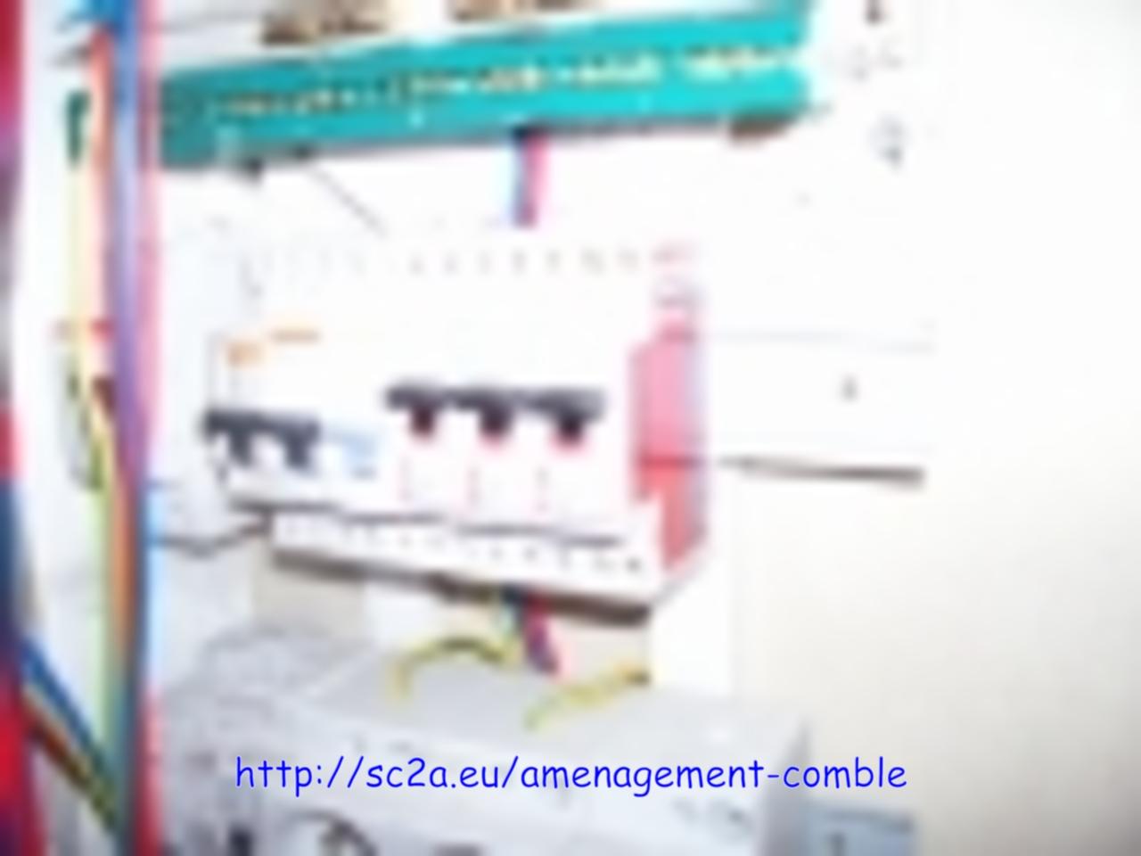 tableau d\'alimentation électrique combles