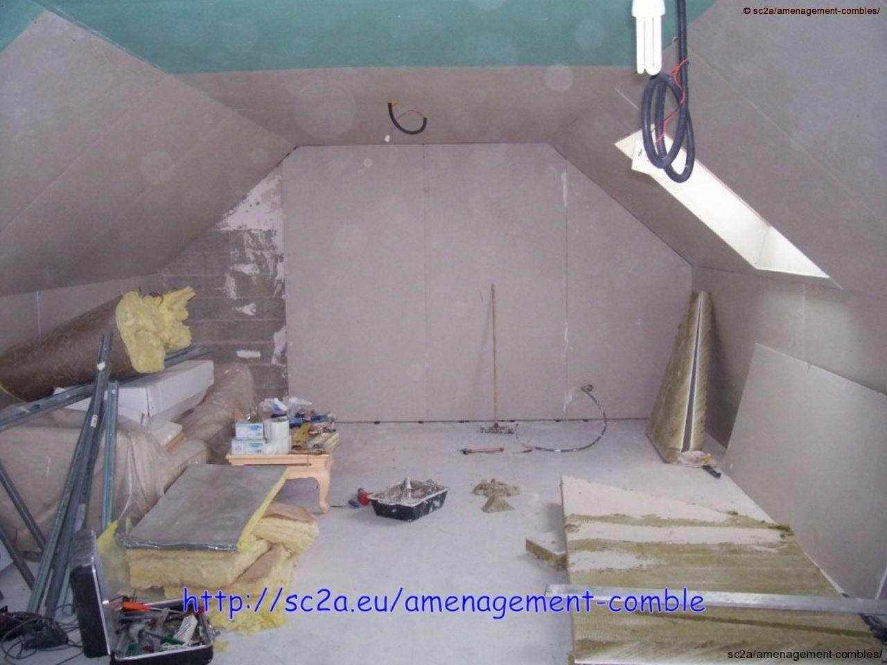 Pose du plaques de placoplatre placo dans les combles for Plafond combles placo