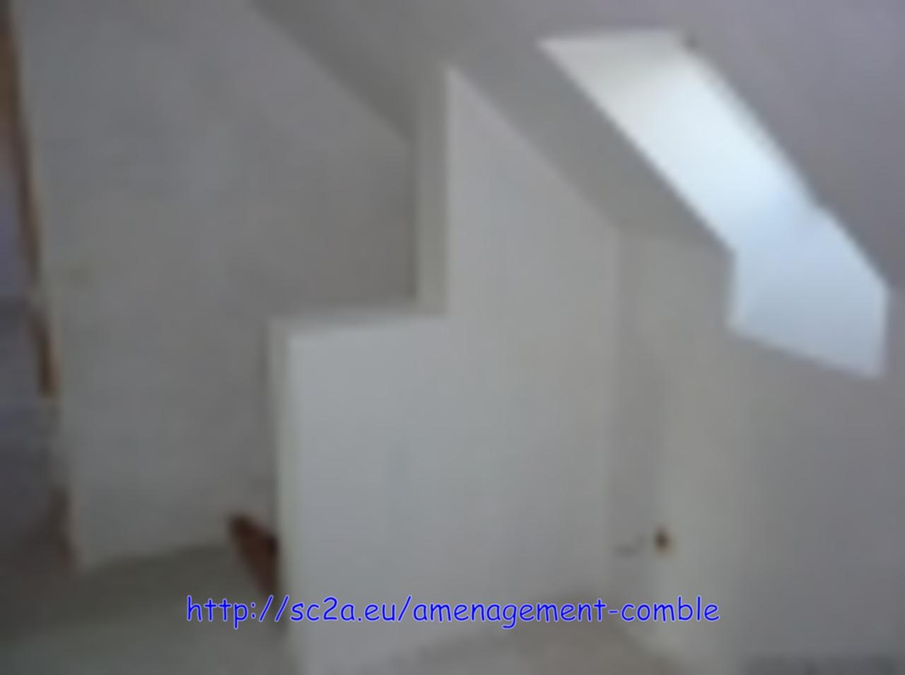 Pose placoplatre montée escaliers