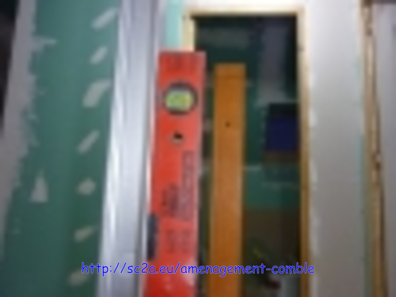 verification au niveau pose placoplatre - montée escalier 2