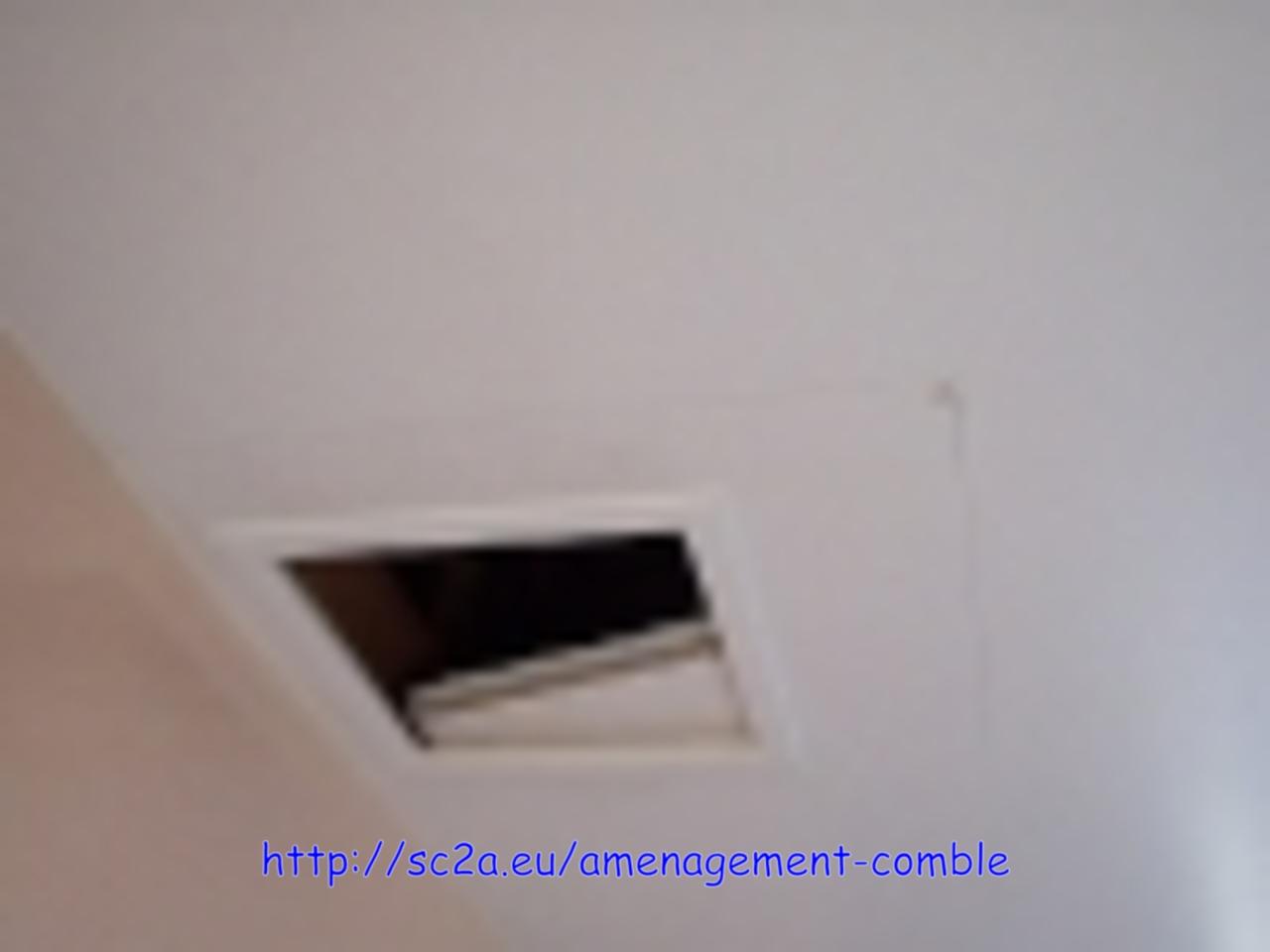 trappe d\'accès aux combles avant la création du chevêtre de la trémie d\'escalier