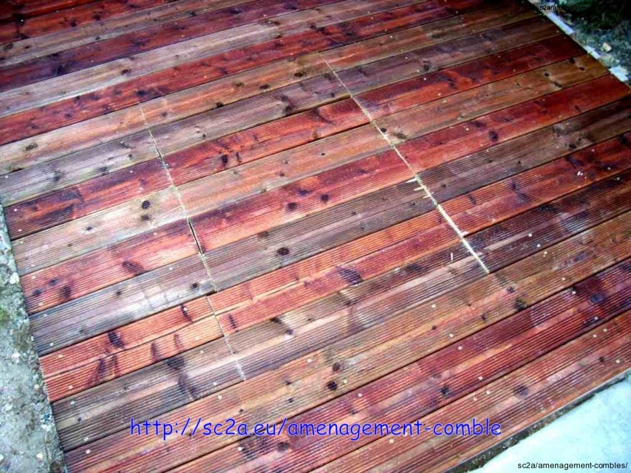 vue de la trappe en lames pin autoclave de la terrasse