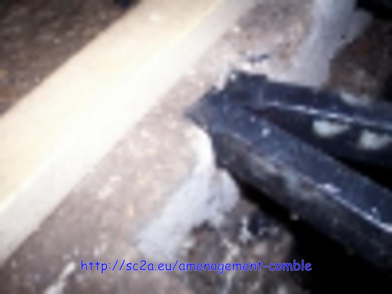 mise en place des supports sous les lambourdes 2