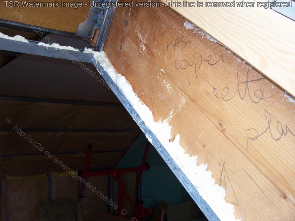 encadrement du velux sur http://sc2a.eu/amenagement-comble/galerie-photos/