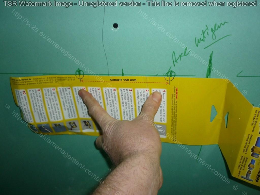 kit fixation retigripp mitigeur sur placo avec tuyaux PER