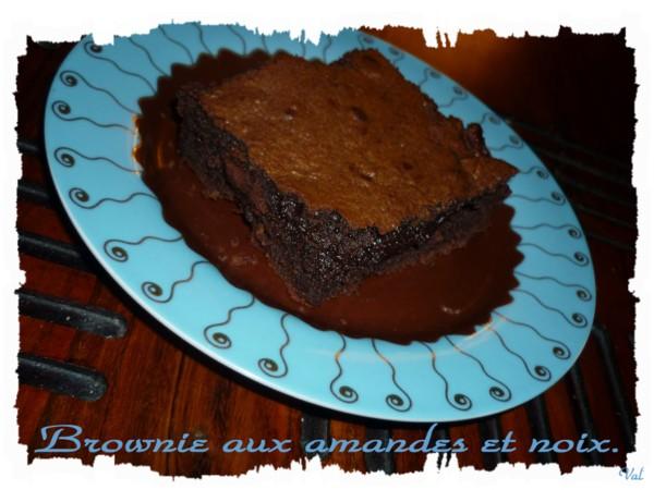 Brownie aux amandes et aux noix