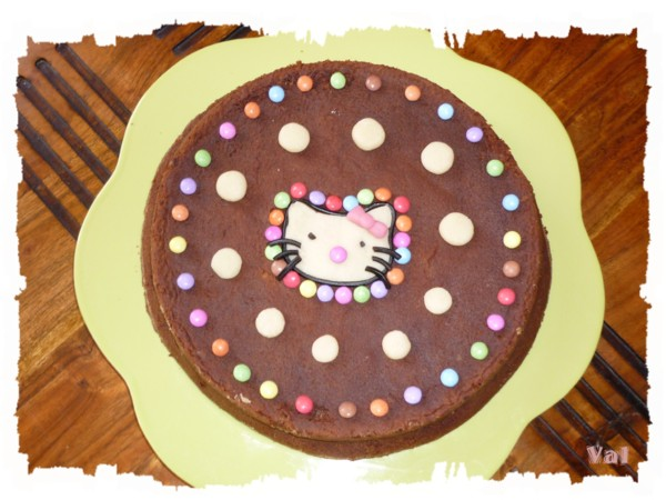 Gâteau au chocolat Hello kitty