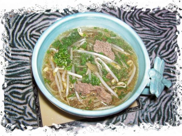Soupe au boeuf de hanoï  dite soupe Pho