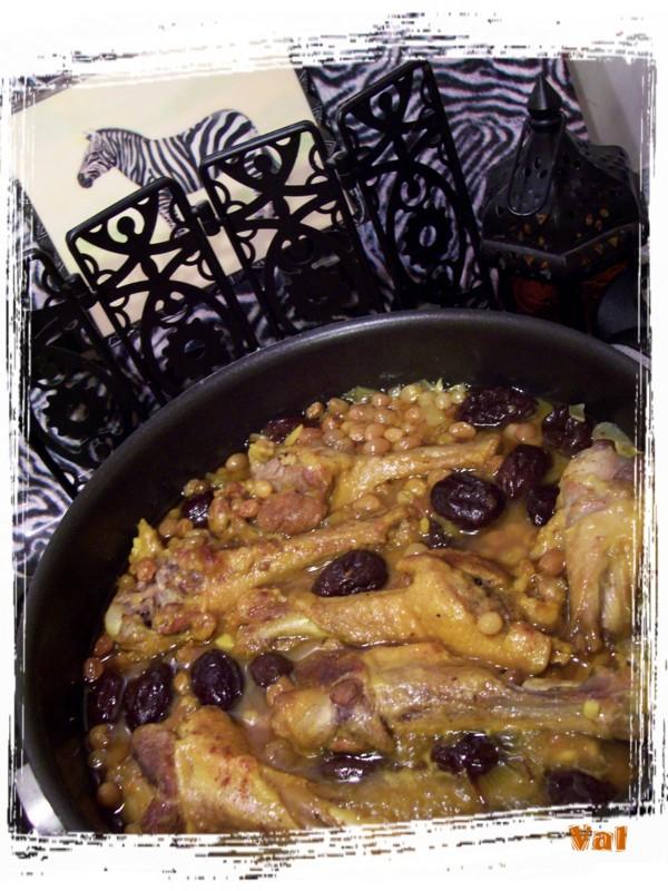 Tajine de canard aux pruneaux et raisins blonds
