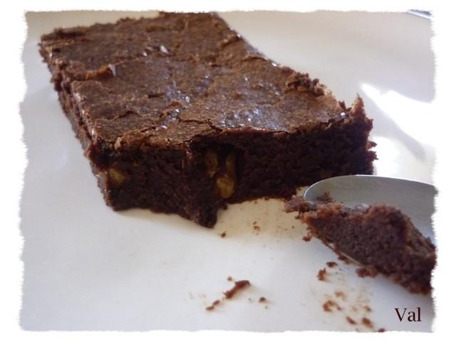 Délicieux moelleux au chocolat et noix