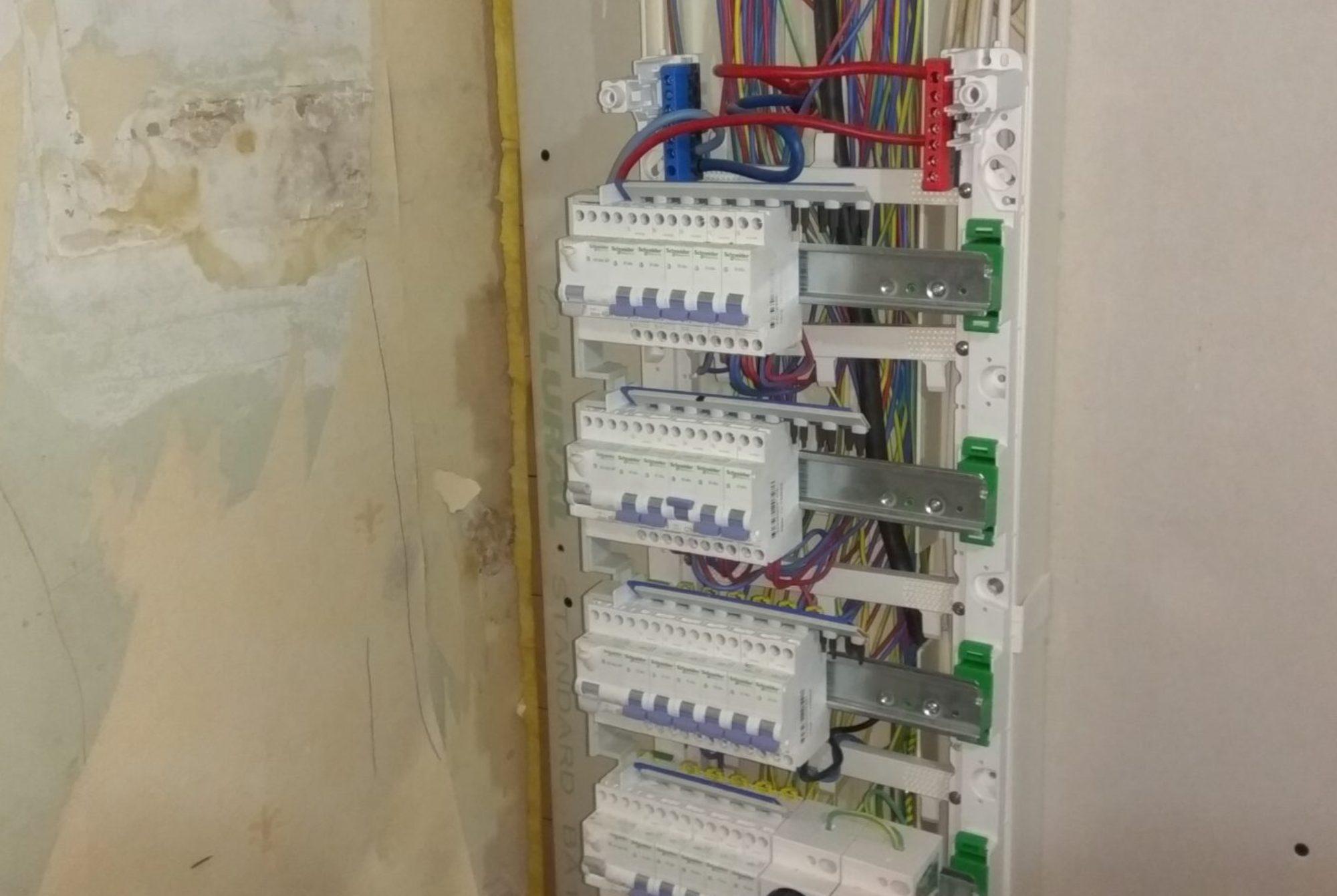 Travaux d\'électricité générale    -      installation, rénovation, dépannage