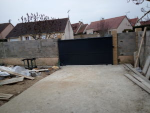 Automatisme de portes automatiques Illiers-l'Évêque - portail installé par Dreux Elec
